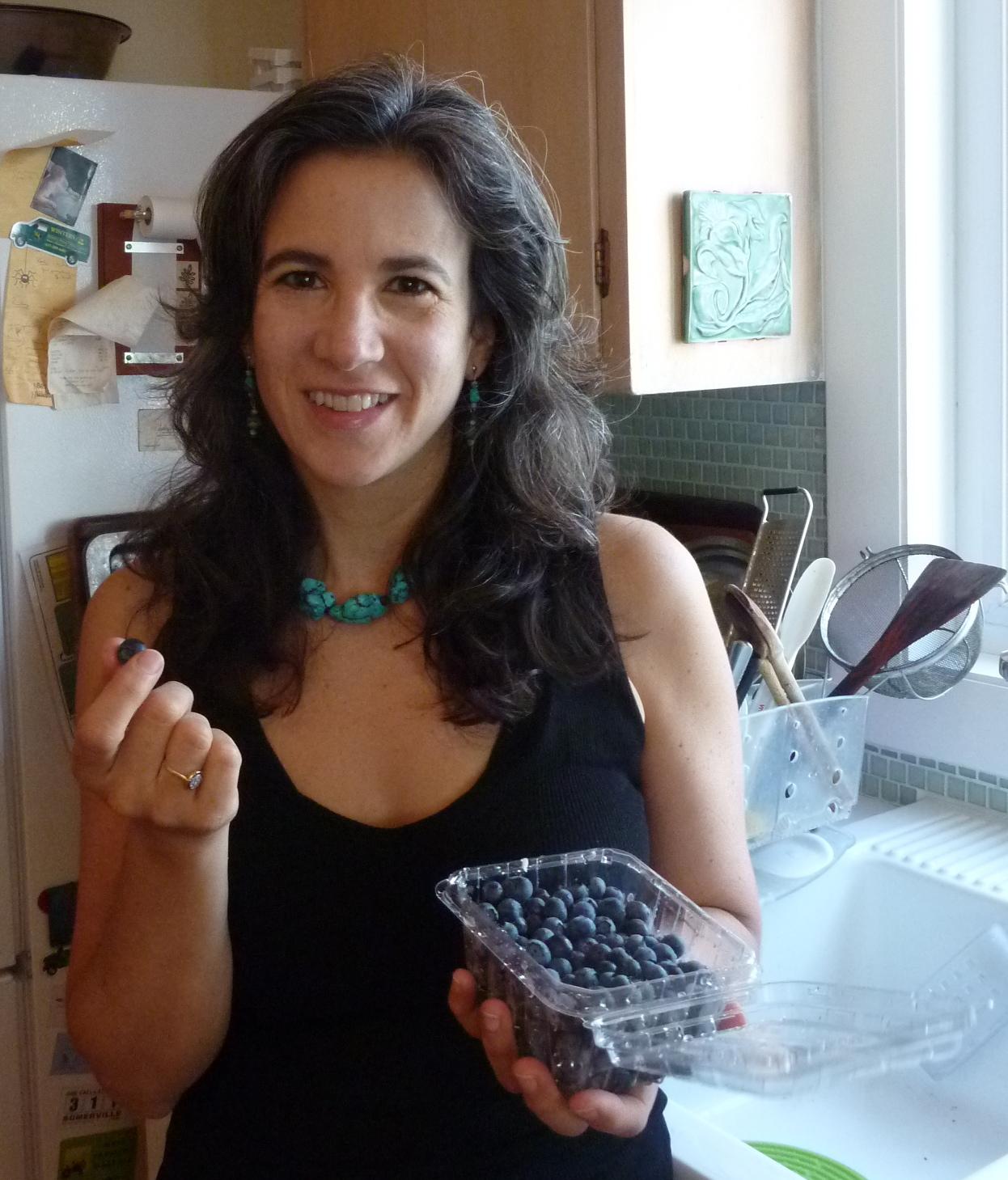 Eating standing at the kitchen counter! - Nina Manolson